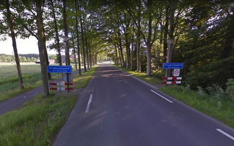 De Veldderweg (N855) bij Frederiksoord.