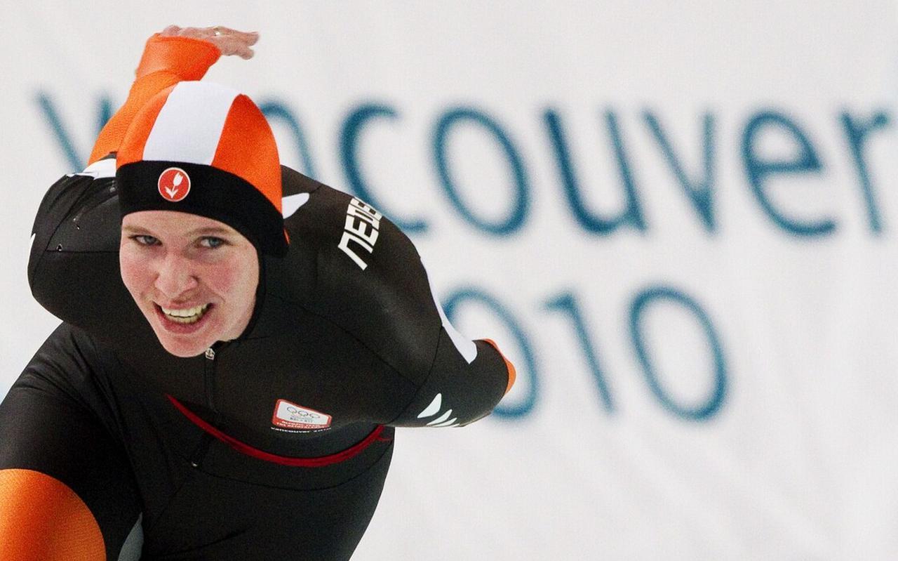 Schaatsster Elma de Vries uit Meppel in actie op de 5000 meter voor vrouwen, tijdens de Olympische Spelen van 2010 in het Canadese Vancouver.