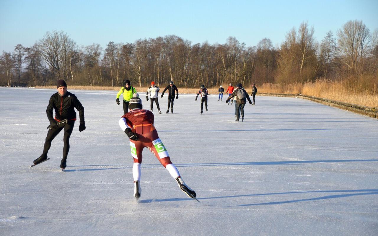 De schaatsgekte zorgde voor (behapbare) drukte in het gebied.