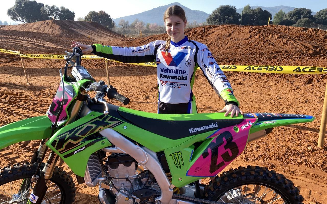 Bridget Portijk kon voor het eerst in anderhalf jaar weer een wedstrijd rijden.