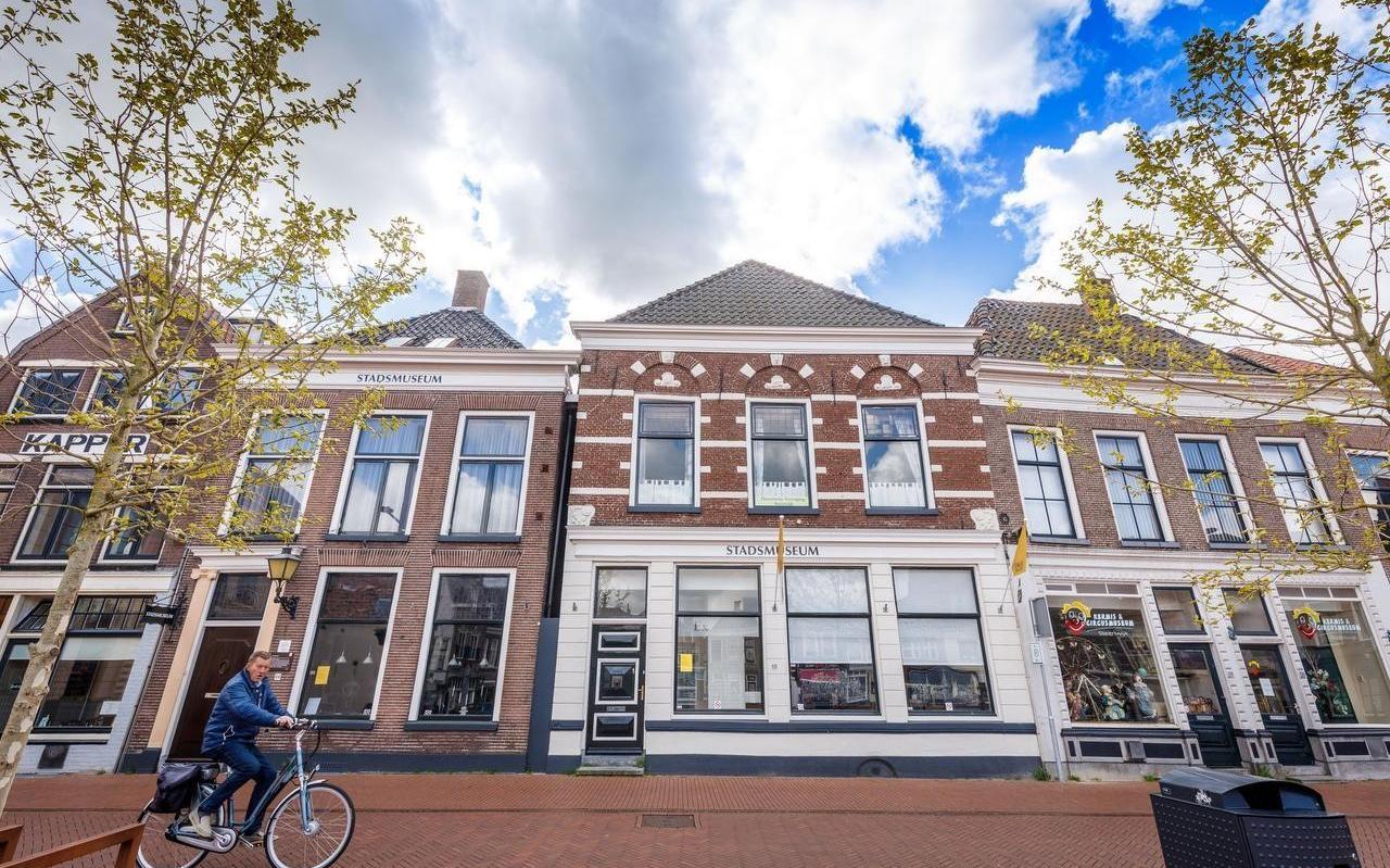 Het Stadsmuseum en het Kermis-en Circusmuseum aan de Markt in Steenwijk.