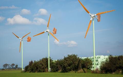 Vooral van agrariërs krijgen we te horen dat zij behoefte hebben aan het opwekken van duurzame energie door bijvoorbeeld het plaatsen van kleine windmolens.