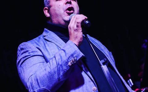Ersoy Demir is ook wel bekend als 'de Turkse Andre Hazes'.