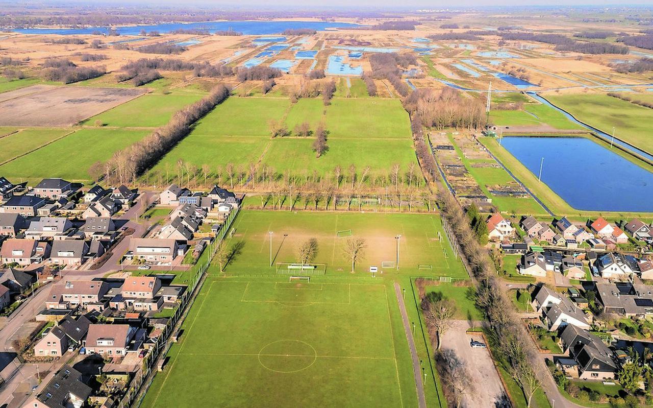 De plek ten noorden van de sportvelden.